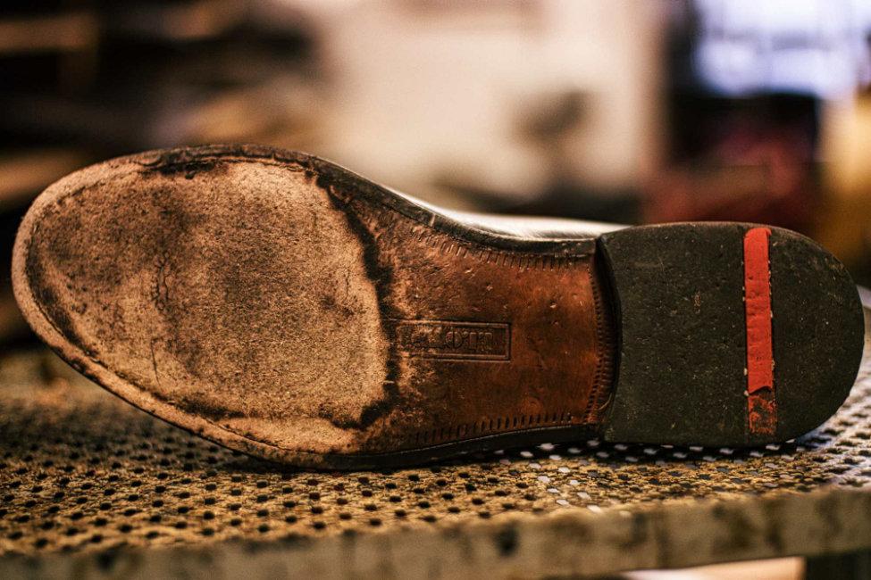 Schuhreparatur Sohle vorher